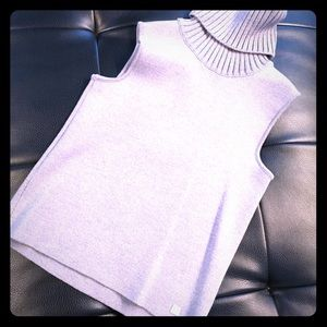 Chanel Grey/silver sweater, sz 42, Made in Italy